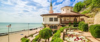 Балчик - спокойный провинциальный болгарский город на побережье Черного моря