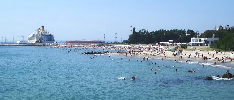 Бургас — крупнейший город Болгарии, расположенный в самой восточной части Бургасского залива