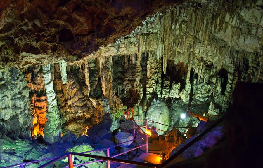 Диктейская пещера