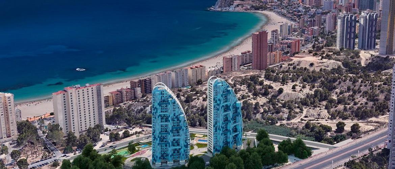 Жаркий испанский пляж Рако дель Коний для круизинга